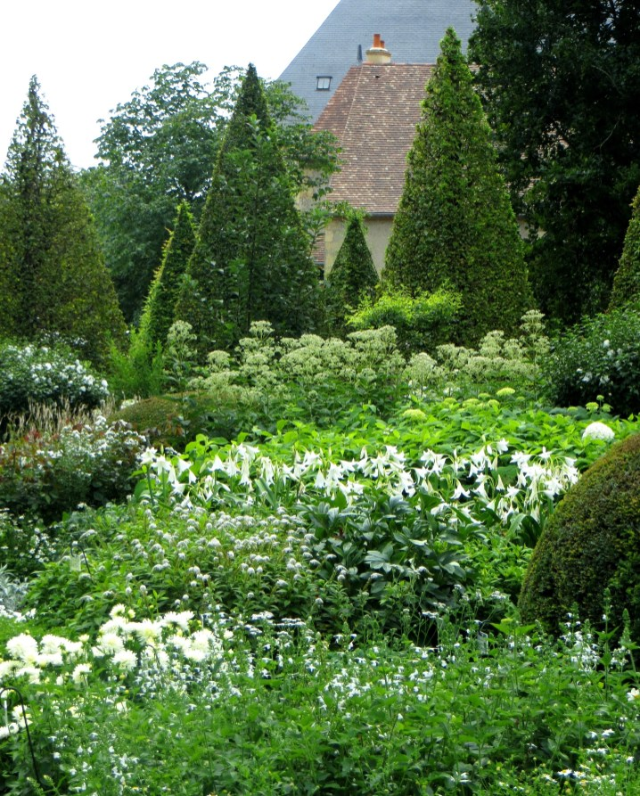 The White Garden, Apremont-sur-Allier