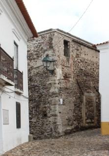 Wall & Tower in Avis