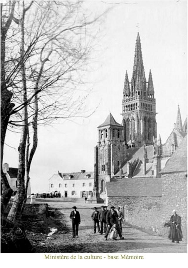 View of Notre-Dame, Le Folgoet, Mederic Mieusement before 1905 (http://www.culture.gouv.fr/culture/inventai/patrimoine/)