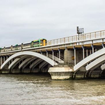 Victoria Railway Bridge – Thames Tour, Bradshaw's Handbook, no.117
