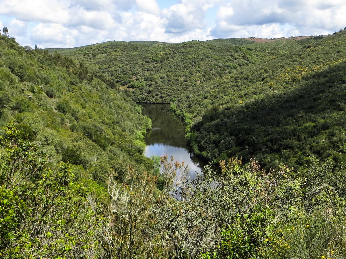 The Sever River, PR7 at Montalvao - Portugal on the left & Spain on the right!