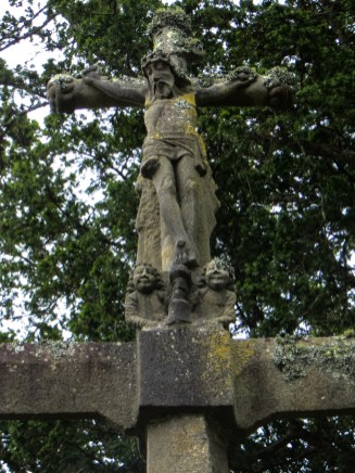 The Calvary of the Chapel of St Guenole