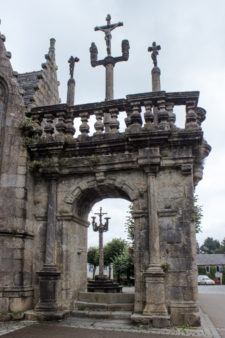 The Triumphal Arch & the two Calvaries, The Church of Notre Dame, Lampaul-Guimiliau