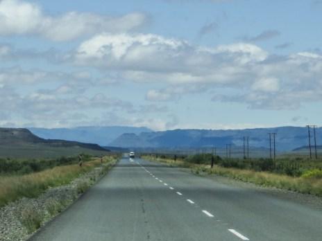 The road between Three Sisters & Murraysburg