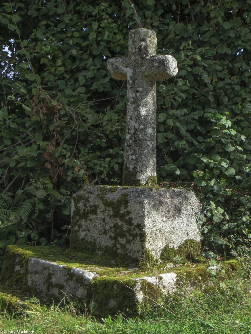 A calvary near the Chapel of St Maudez