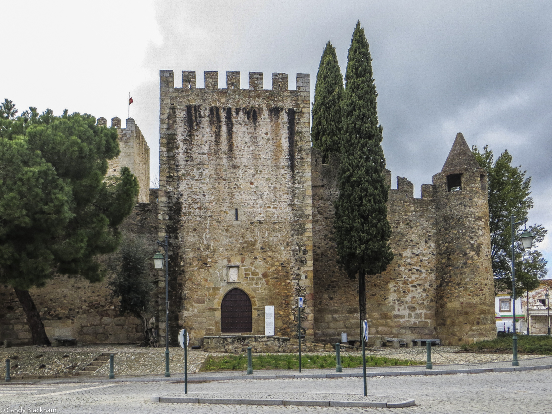 The 14C Castle in Alter do Chao
