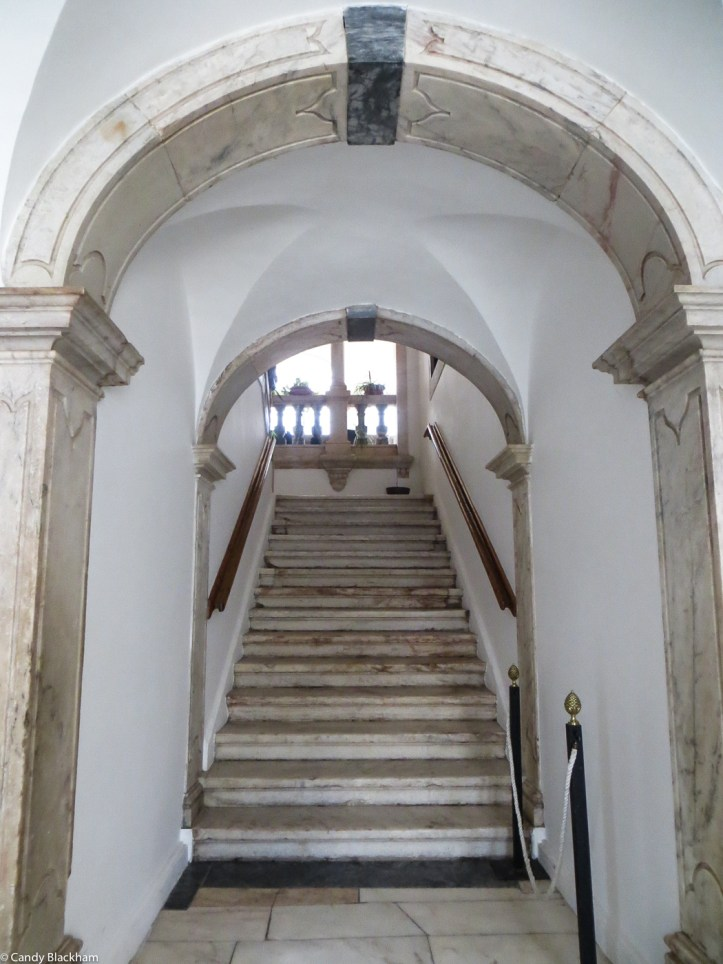 Entrance to the Palacete dos Melos