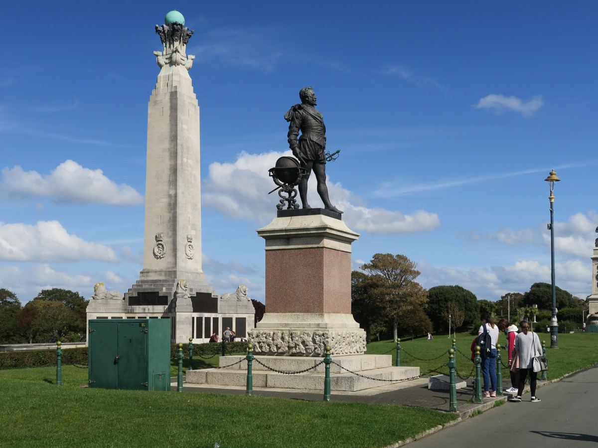 War Memorial and statue of Sir Francis Drake on the Hoe in Plymouth