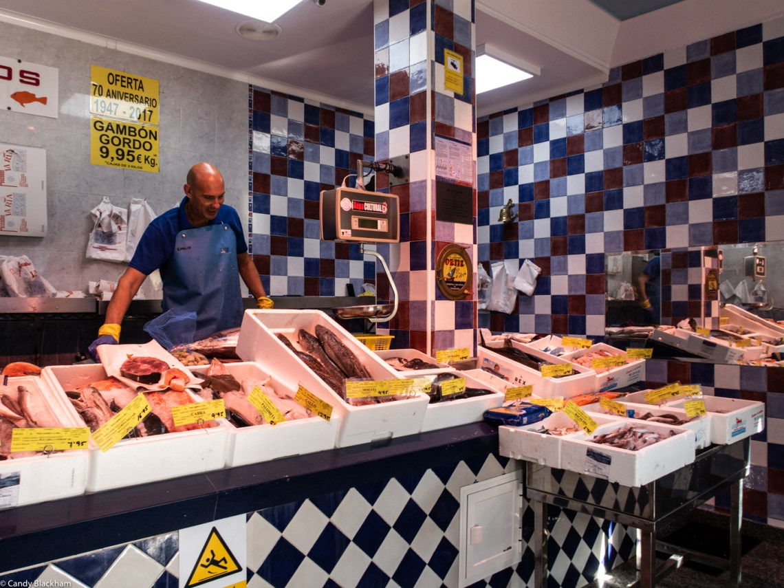 A fish shop in Leon