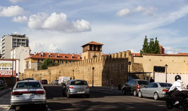 19-9-19 Roman walls Leon LR-1122