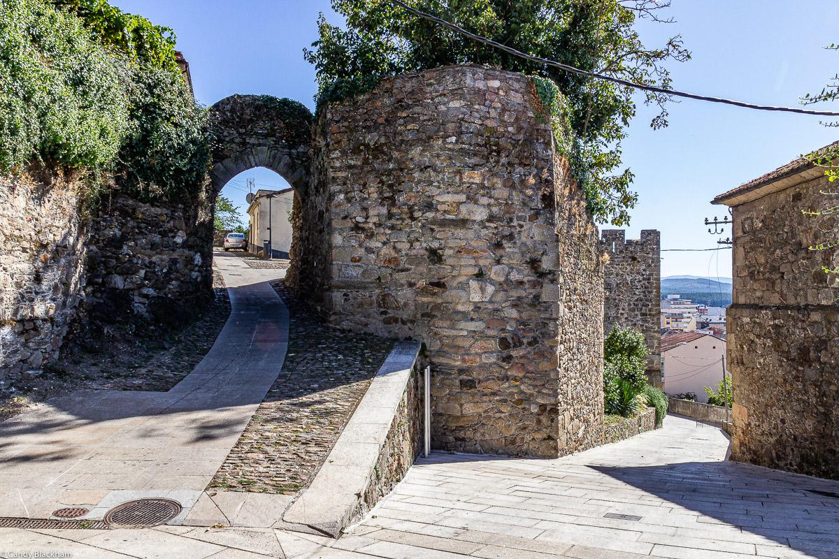 13C City Gate of Alcazabar in Monforte de Lemos