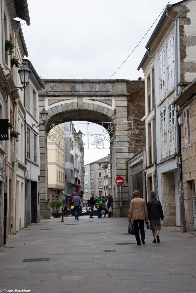 Puerta Nova from inside the walls