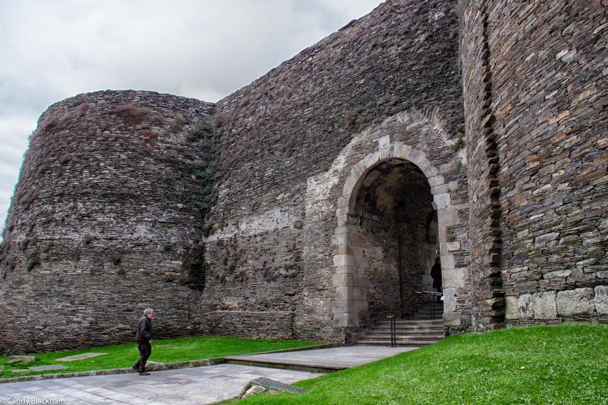 Puerta Falsa in Lugo