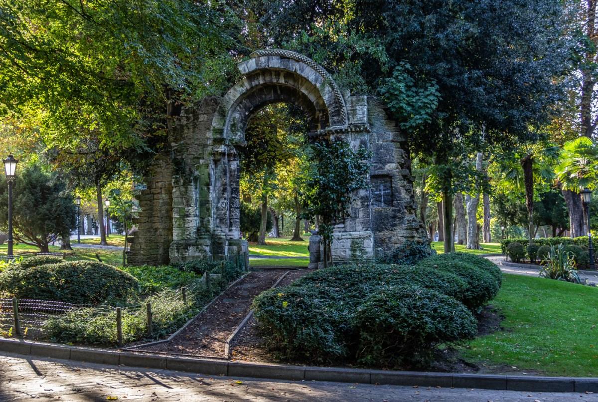 Romanesque doorway of San Isidro