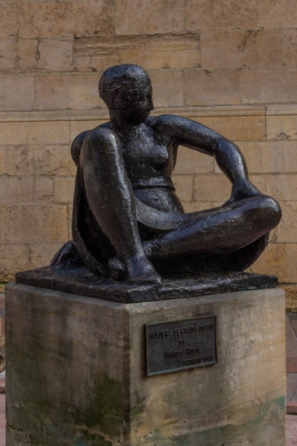 Statue in Oviedo of Mujer Sentada
