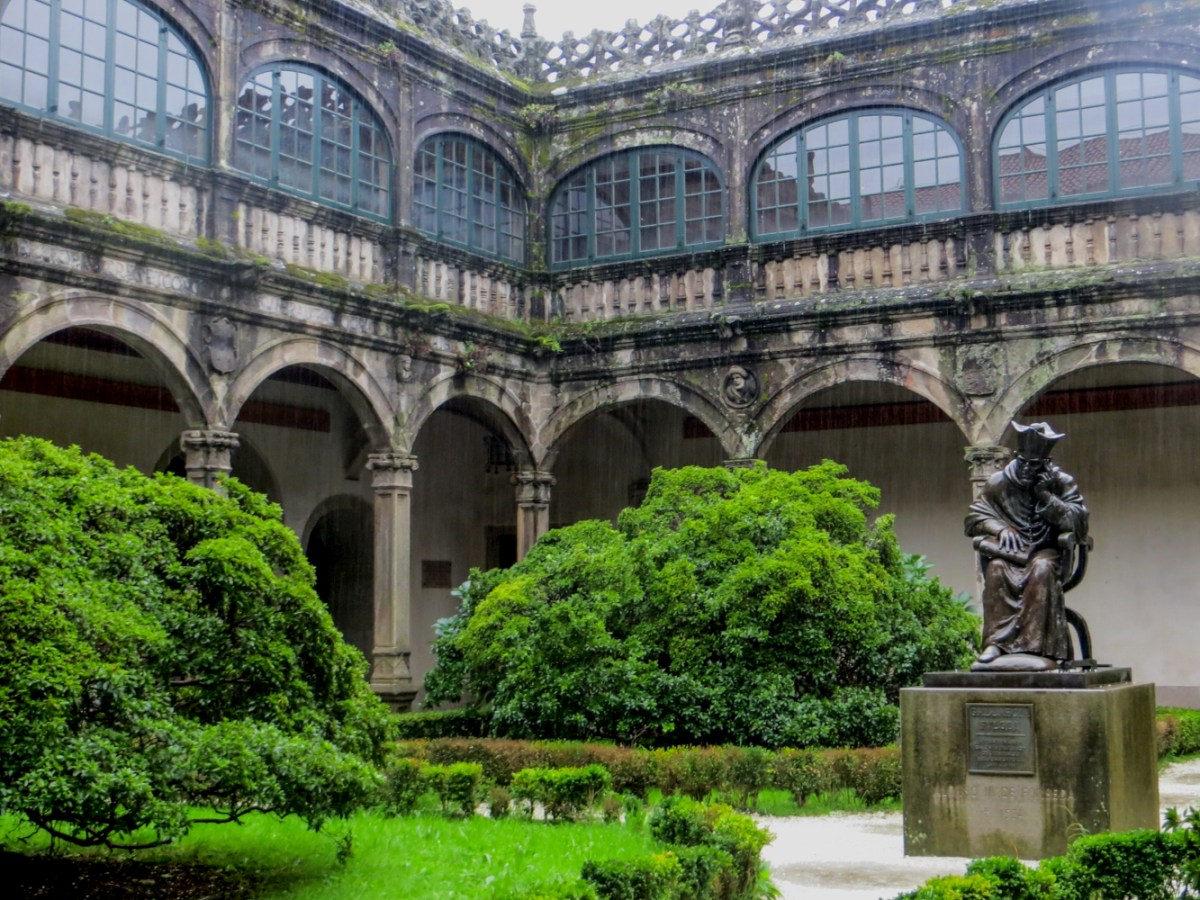 Cloister garden in the Fonseca Palace, one of two palaces in Santiago de Compostela