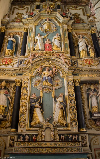 Rosary altarpiece of 17C in Saint-Thegonnec