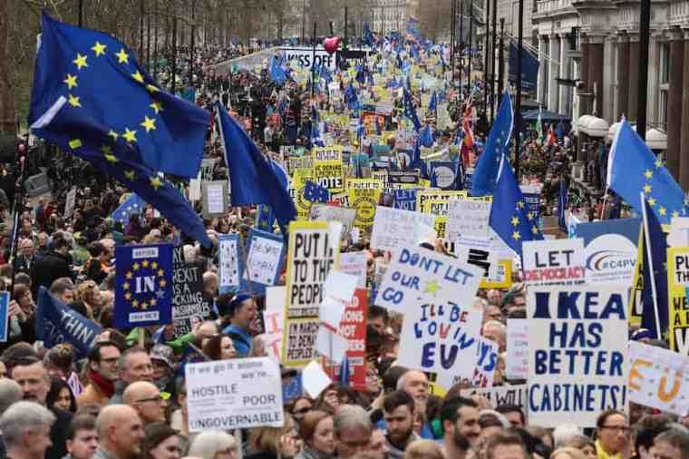 manifestazione a londra contro la Brexit