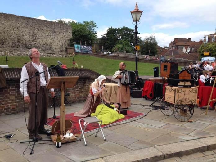 rochester festival gösteri