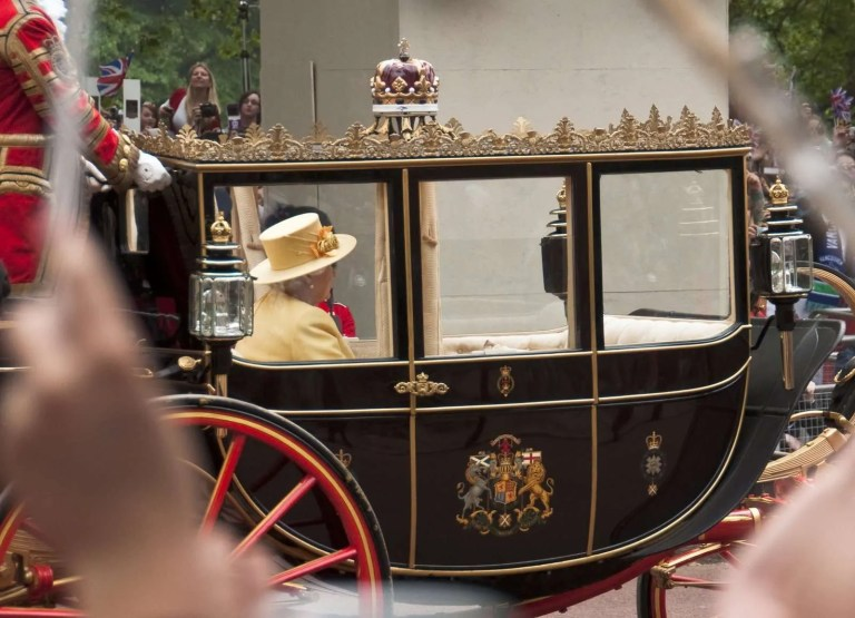 4125908_the-royal-wedding-of-prince-william-and-kate-middleton