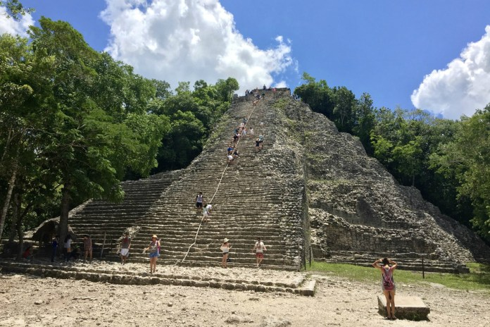 Stand in awe of Mayan ruins in Mexico © Kevin Willems