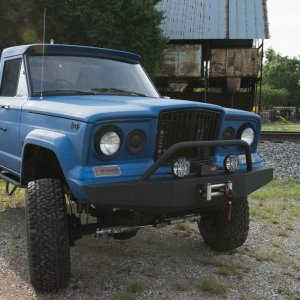 1964 Jeep J300 Front View