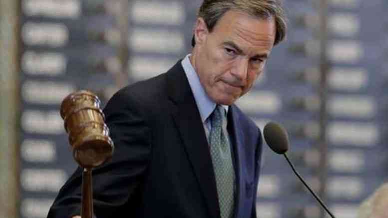 Joe Straus no confidence resolution