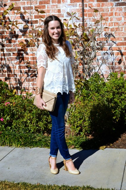 Anthropologie Pina Lace Top, Pineapple Lace Top, Anthropologie Pinapple white lace top, Pina Lace Top, Elaine Turner Bailey Handbag, Bailey Clutch Elaine Turner, Kendra Scott Bangle, Jordache Jeans, Jordache High Rise Skinny Jeans, Lone Star Looking Glass