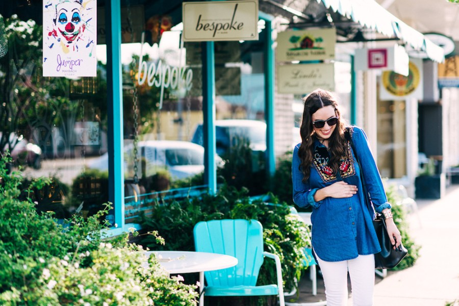 Houston fashion blogger Alice Kerley styles Anthropologie's Murelet Embroidered Chambray Tunic as a maternity top.