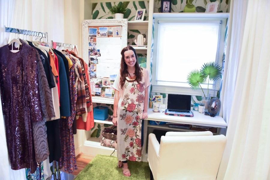 walls need love walpaper, cheeky vintage houston, palm printed wallpaper desk, houston fashion blogger,