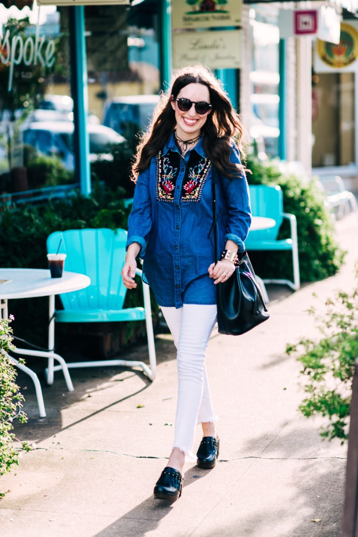 Houston fashion blogger Alice Kerley styles Anthropologie's Murelet Embroidered Chambray Tunic.