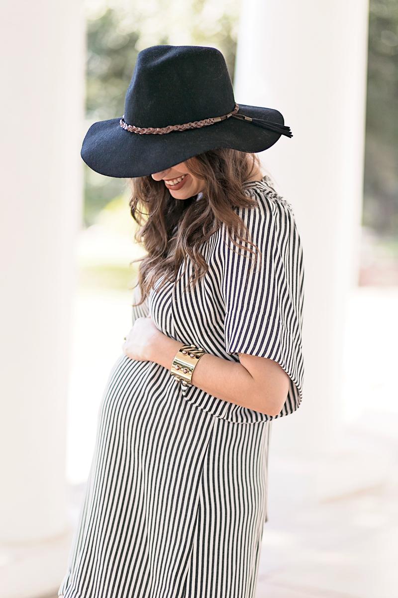 maternity_striped_dress_black_rancher_hat7