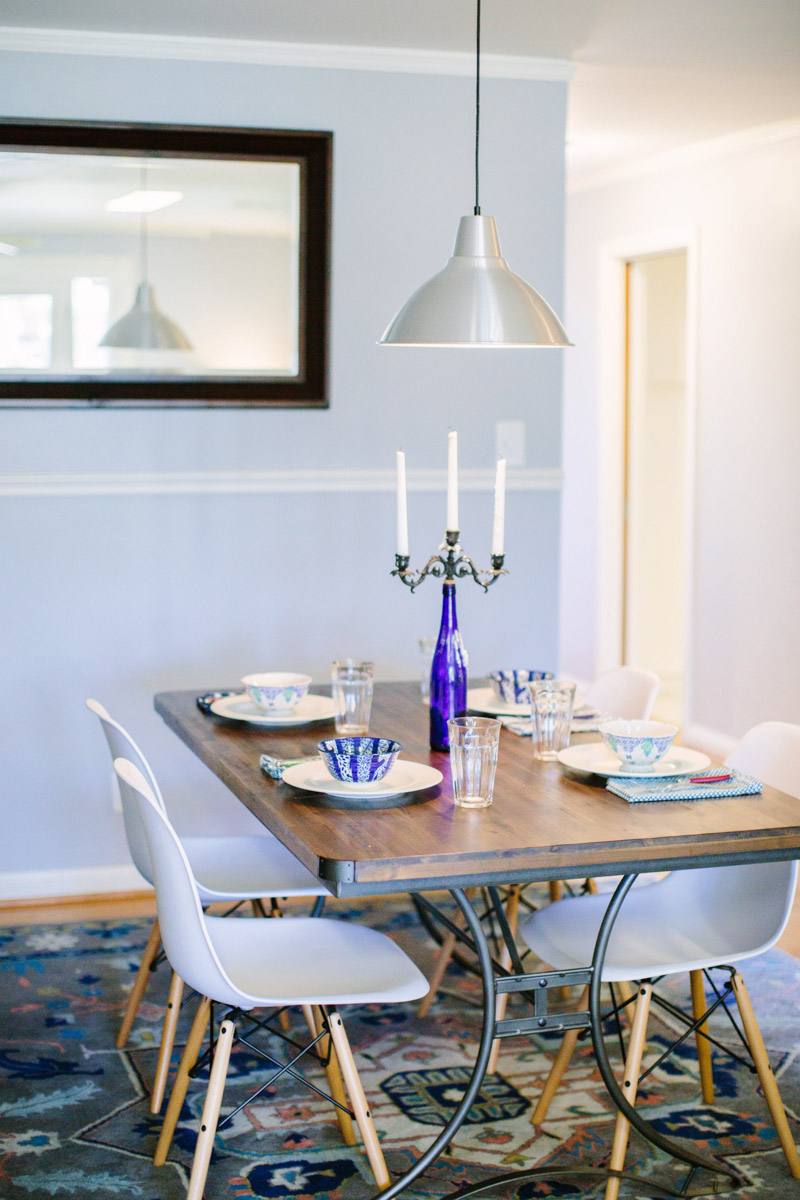 A mid-century blue and white dining room remodel.