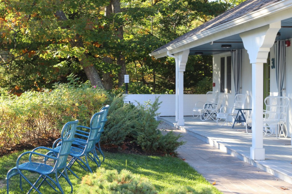 New England Babymoon Ideas: A Stay at Lodge on The Cove in Kennebunkport, Maine.
