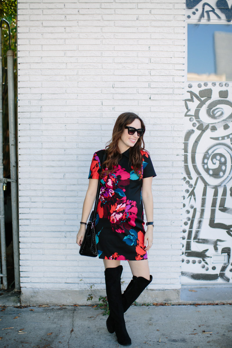Texas fashion blogger styles Trina Turk's Grandeur Dress with a black Zac Posen Crocodile Bag and Over the Knee Boots.