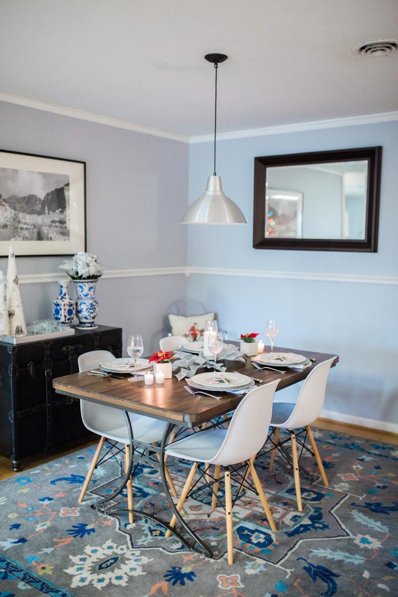 mid_century_dining_room_holiday_decor-3