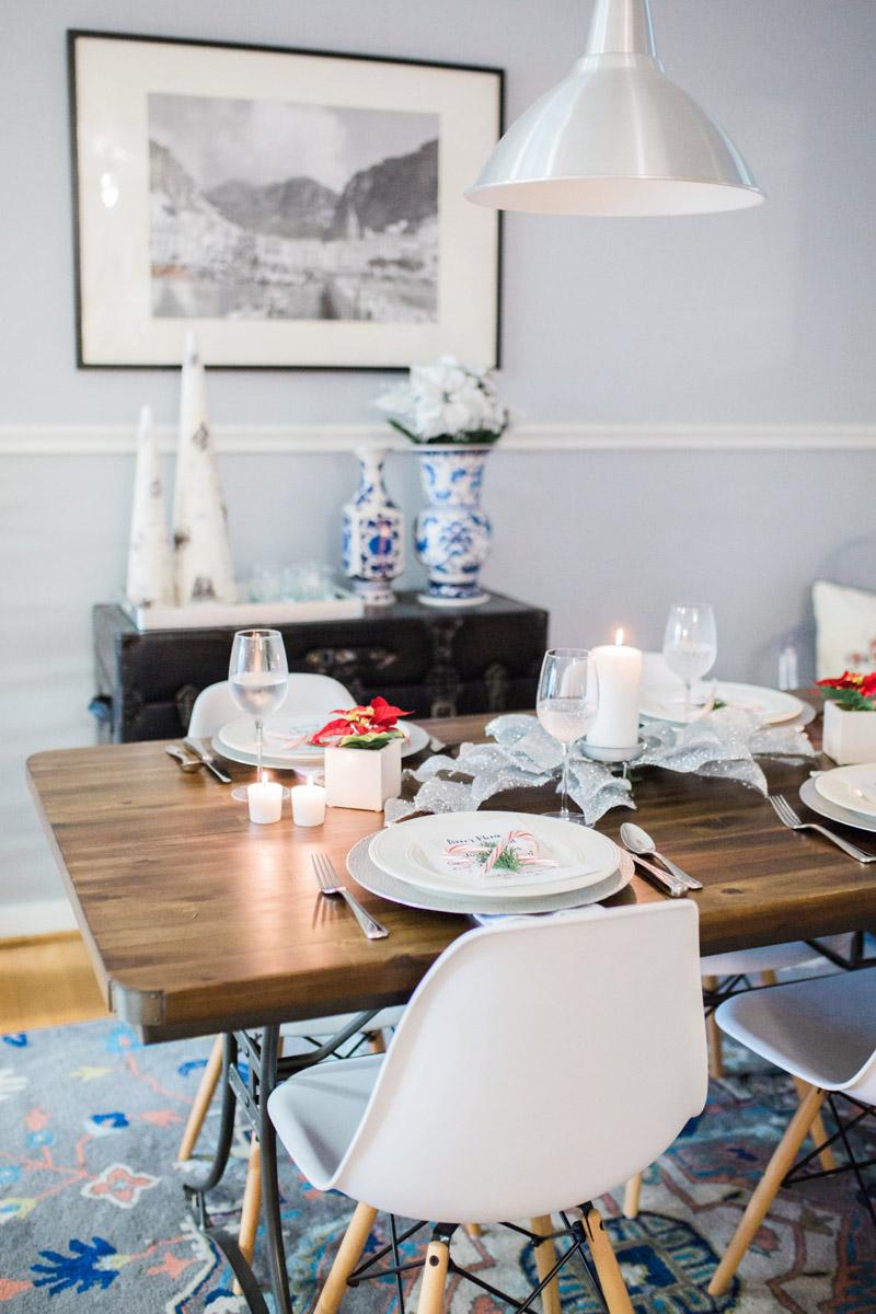 mid_century_dining_room_holiday_decor-5