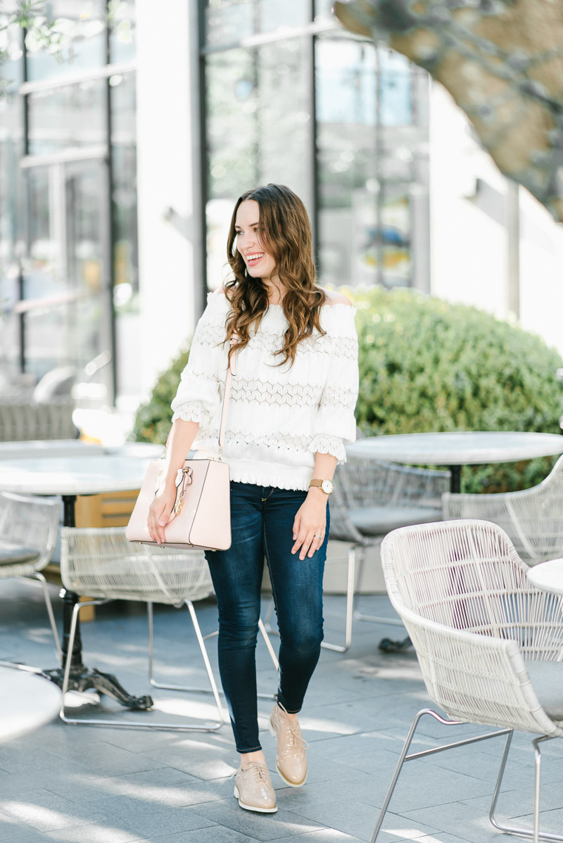 Rockport Blush Oxford Shoes with Jeans and a White Top