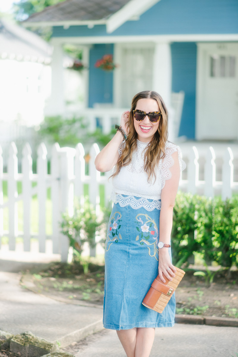 Texas fashion blogger styles an embroidered denim skirt and lace crop top with Chic Wish.