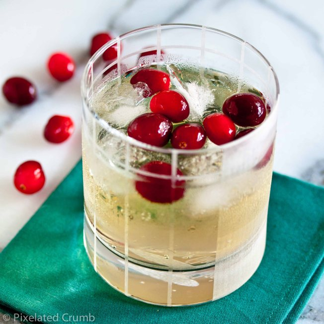cranberry_ginger_cocktail-4