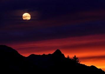 mountains-mountain-peaks-sky-sunrise