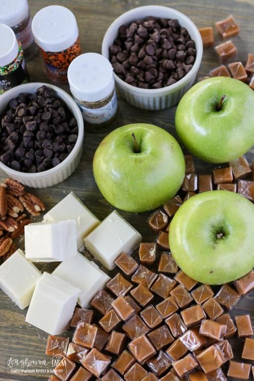 Ingredients for easy caramel apple slices.