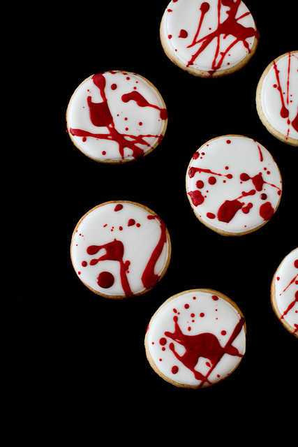 Blood Splatter Cookies by Annie's Eats