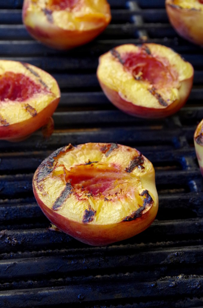 Grilled Peaches with Mascarpone Cream | longdistancebaking.com
