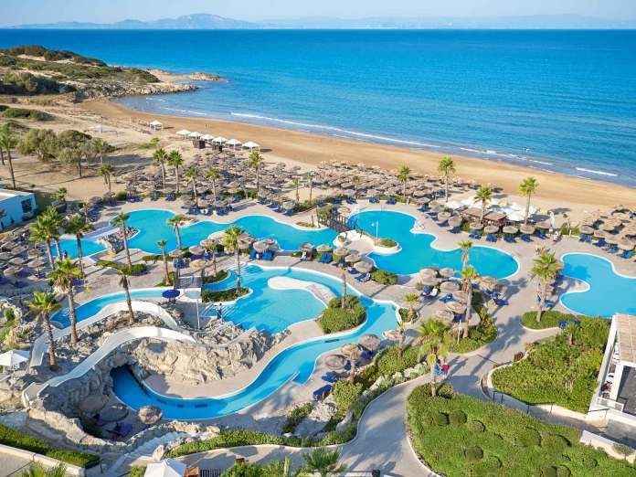 09 Olympia Oasis and Aqua Park A water paradise awaits all ages with a choice of pools %CE%91%CE%BD%CF%84%CE%AF%CE%B3%CF%81%CE%B1%CF%86%CE%BF low