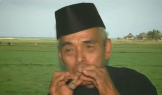 Alat Musik Tradisional Sulawesi Barat Pakkeke