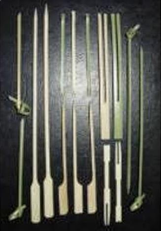 Alat Musik Tradisional yang Dipukul Druri Dana