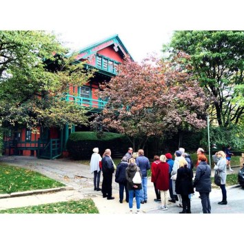 2015 SPLIA walking tour of Prospect Park South. Photo courtesy of SPLIA