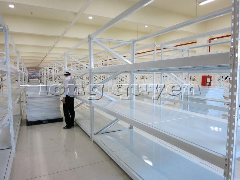Giá kệ trung tải kệ chứa hàng sàn tôn hạng trung cty OSCO International (3)