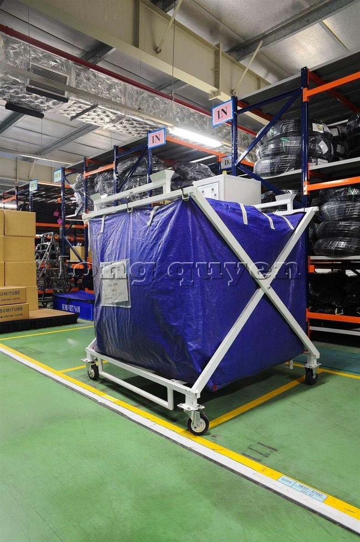 Xe đẩy vật tư đa năng xe đẩy inox trong kho hàng công ty SD Việt Nam (9)
